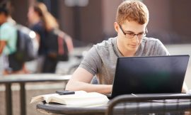 Come scrivere il curriculum pensando ai selezionatori